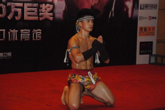 中国职业搏击明星养成需三要素 造星时代谁脱颖而出
