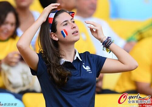 穿球衣的妹子最性感,盘点世界杯8强球衣女神